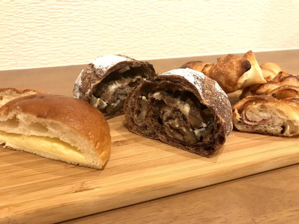 パン断面,クリームパン,栗とホワイトチョコチップ,ベーコンエピ